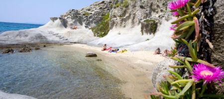 Sailboat Holiday Tuscan Archipelago Giannutri Capraia Giglio Castello Beach